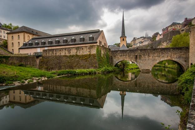 L'Alzette vient de France, traverse le Luxembourg, avant de se jeter dans la Sûre. (Photo: Shutterstock)