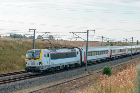 En limitant la gratuité à la frontière, les frontaliers sont incités à prendre leur voiture jusqu'à la première gare luxembourgeoise, estime l'asbl Les Amis du rail. (Photo: Shutterstock)