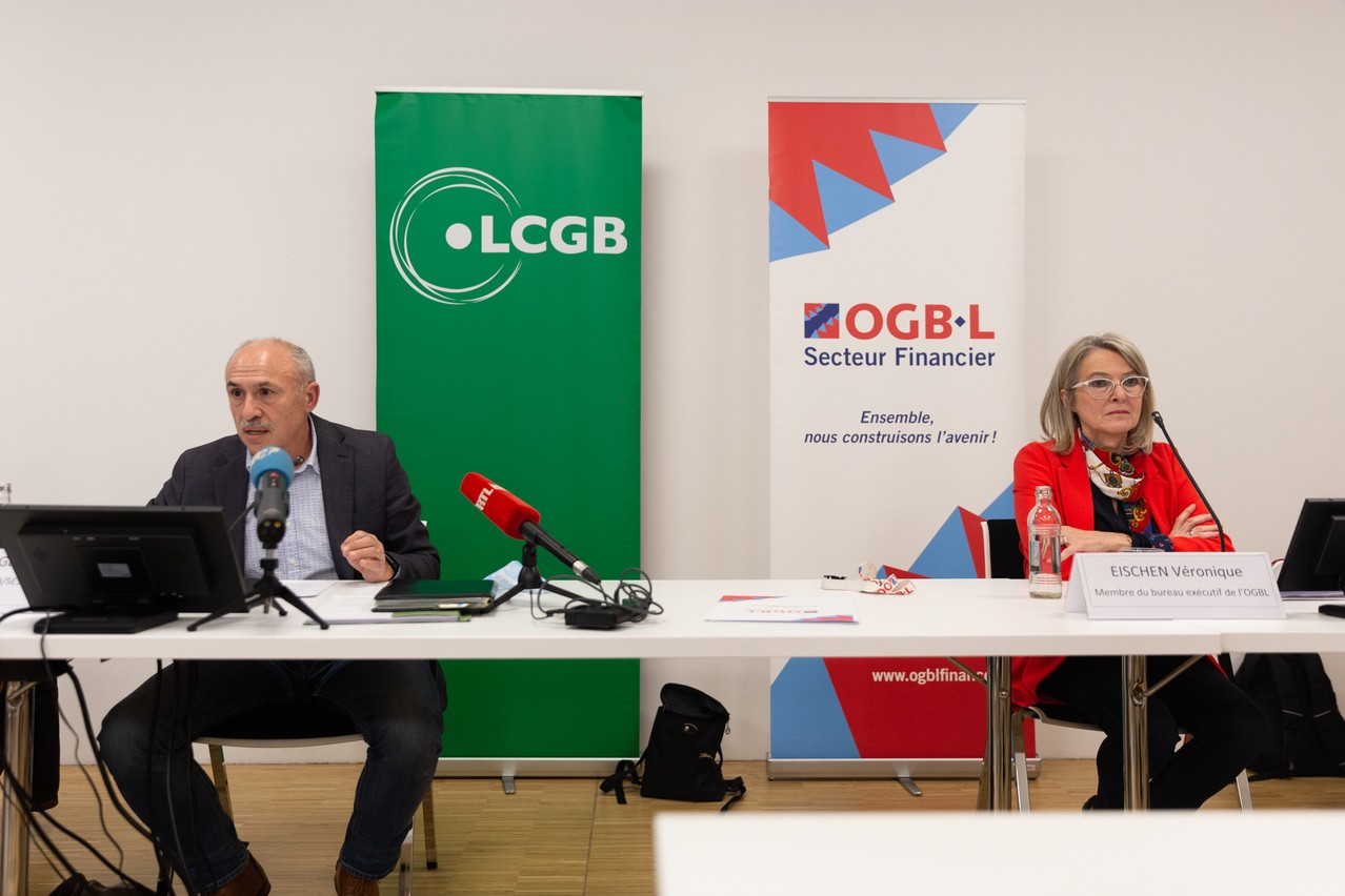Gabriel Di Letizia (LCGB) et Véronique Eischen (OGBL) lors de la conférence de presse commune des deux syndicats. (Photo: Romain Gamba / Maison Moderne)