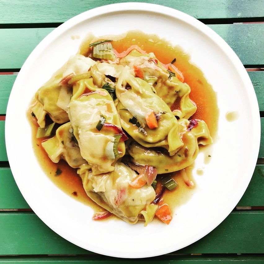 «Plinetti di Manzo», jus de cuisson et parmesan. Simple, bon. Maison Moderne
