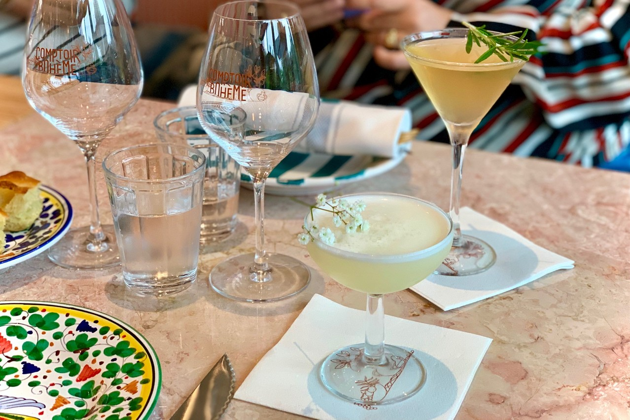 En apéritif comme en dessert, la carte des cocktails du Comptoir Bohème propose de jolies créations. Mais l'addition peut vite monter! (Photo: Maison Moderne)