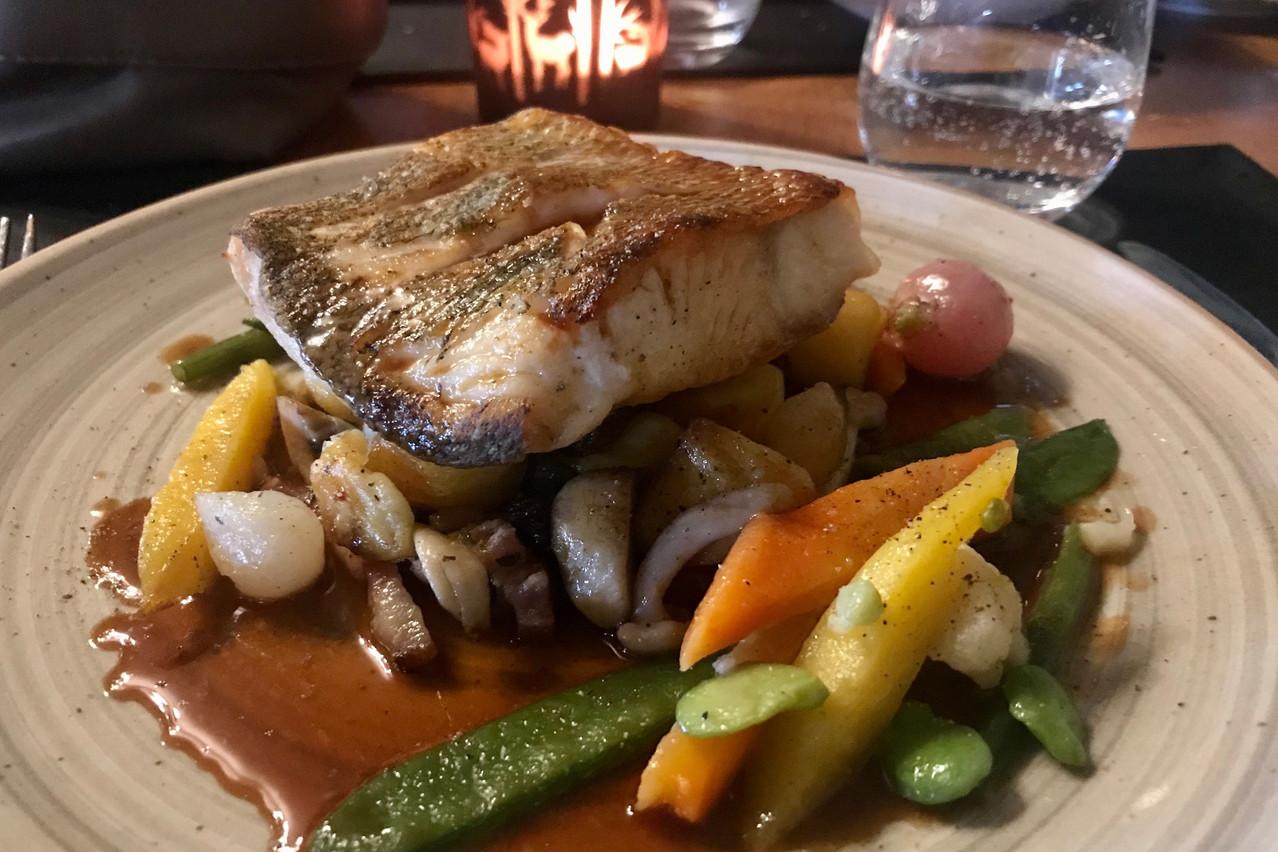 Du sandre bien cuit, des légumes de saison et un jus corsé: triplé gagnant. (Photo: Maison Moderne)