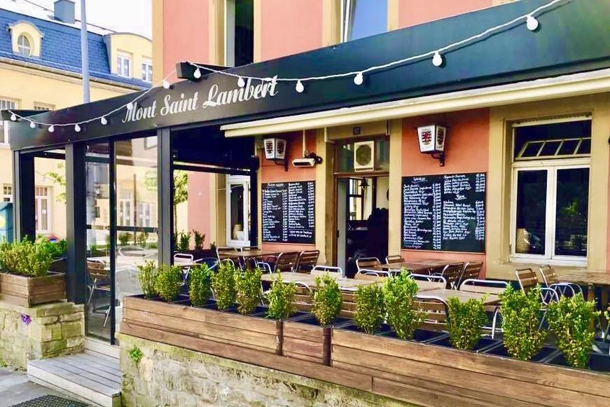 Un décor chaleureux et urbain, une terrasse couverte et une carte gourmande: le Mont St-Lambert ne manque pas d'atouts! (Photo: Mont St-Lambert)