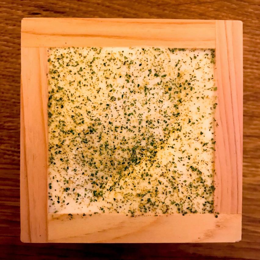 Saké-masu de fruits et glace vanille bleue. Maison Moderne
