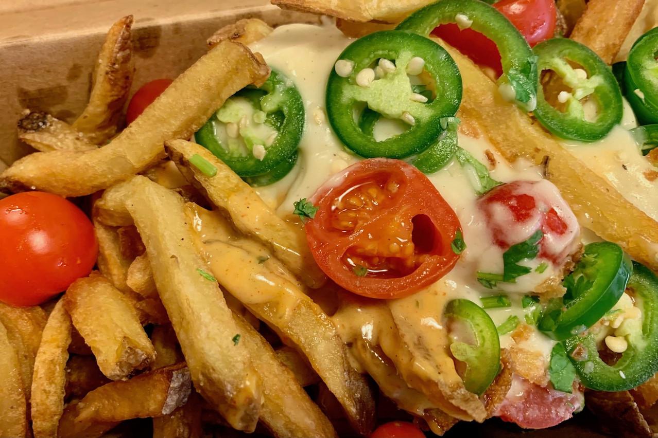 Des frites fromage-chili avec jalapeño frais… What else? Maison Moderne