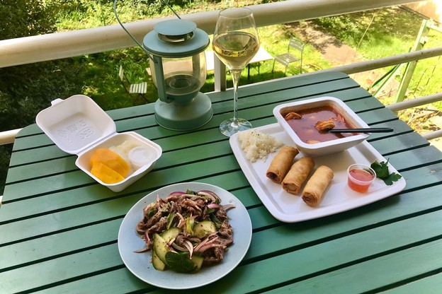 Laurence n'a jamais caché son penchant pour la cuisine thaïe, et elle le prouve une fois de plus grâce à un nouveau service de take-away... (Photo: Maison Moderne)