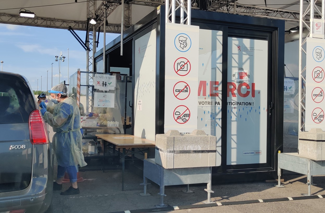 On-demand large-scale testing is within the rules of the public tender agreement with Laboratoires Réunis, the government says Photo: Paperjam