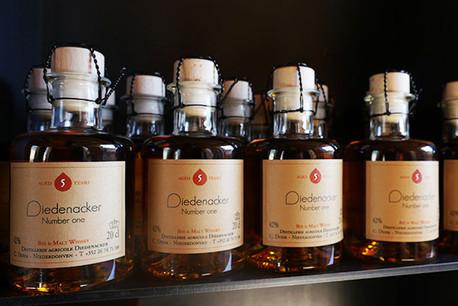 Avec le Number One de Diedenacker, le whisky devient aussi une affaire luxembourgeoise! (Photo: Distillerie Diedenacker)