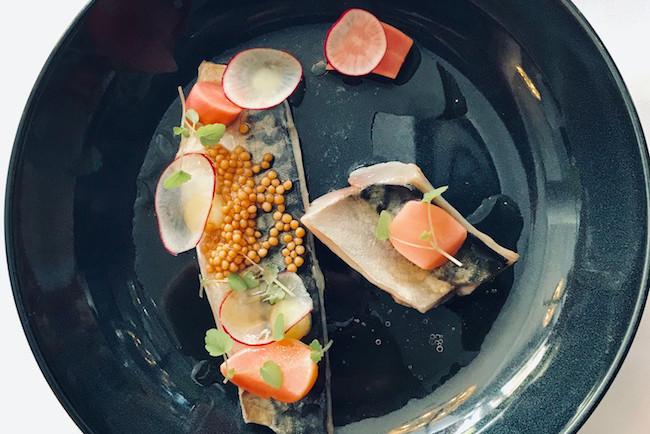 Filet de lisette mariné, moutarde et radis multicolores. (Photo: DR)