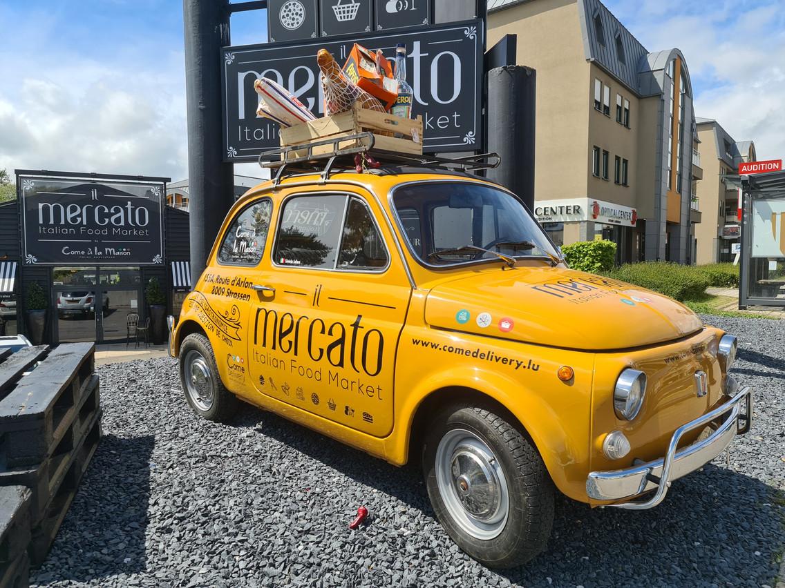 La Fiat 500 Mercato attire l'œil sur la route d'Arlon! (Photo: Vincent Pattyn)
