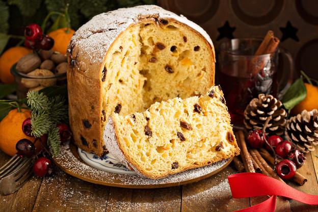 Le panettone original est agrémenté de raisins secs, mais des versions plus modernes et gourmandes s'imposent de plus en plus auprès des aficionados de cette délicieuse brioche italienne. (Photo: Shutterstock)
