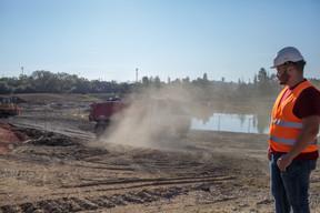 Un grand étang fait aussi partie du projet. ((Photo: Matic Zorman/Maison Moderne))