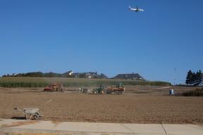 Le parc se déploie sur d'anciennes terres agricoles. ((Photo: Matic Zorman/Maison Moderne))
