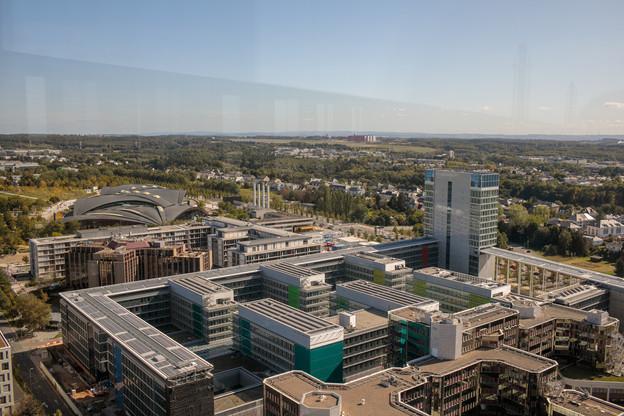 La prise en occupation de 148.000m2 dans le bâtiment Konrad Adenauer par le Parlement européen constitue la plus grosse opération du premier semestre2021. (Photo: Matic Zorman/Maison Moderne)