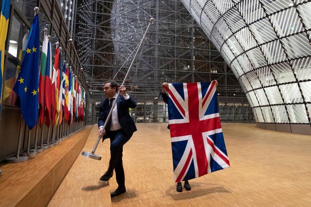 Les parlementaires européens viennent voter massivement en faveur du nouveau cadre de relations commerciales entre l'UE et le Royaume-Uni. (Photo: Shutterstock)