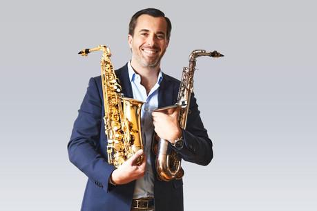 Jean-Pierre Schmit est très attaché à ses saxophones. (Photo: Andrés Lejona/Maison Moderne)