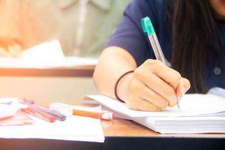 Pour le ministère, le choix de revenir ou non en classe ne peut être laissé aux élèves ou aux parents de ceux-ci. (Photo: Shutterstock)