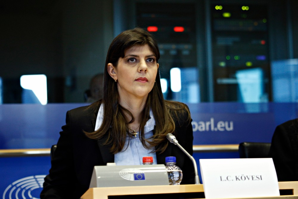 La candidate roumaine, Laura Codruta Kövesi, est largement soutenue par le Parlement européen alors que les États membres privilégient la candidature plus consensuelle du Français Jean-François Bohnert. (Photo: Shutterstock)