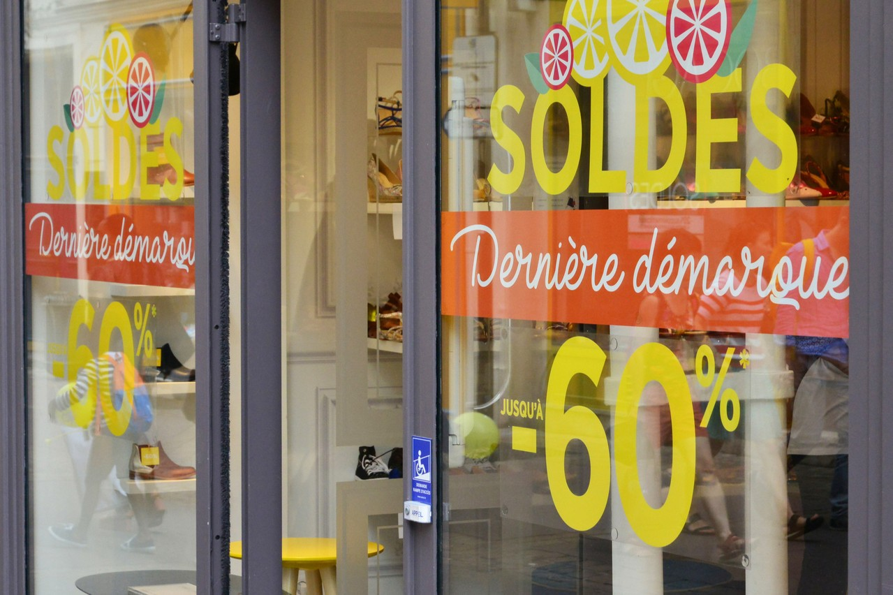 Les soldes commenceront le 20 janvier2021 partout en France, et même à la frontière. (Photo: Shutterstock)