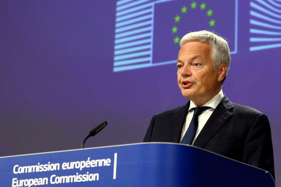 Le Belge Didier Reynders a évoqué hier le«certificat vert» européen devant le Parlement. (Photo: Shutterstock)