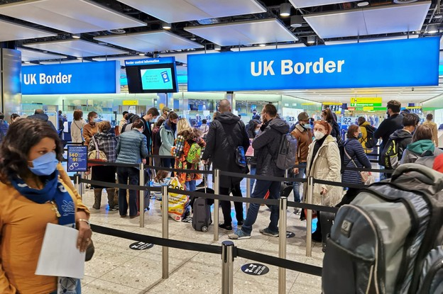 L'Union européenne est tombée d'accord sur un passeport vaccinal qui permettra de voyager cet été. (Photo: Shutterstock)