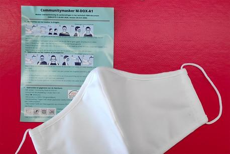 Les masques fournis par la société Avrox ont été retirés de la distribution en Belgique. (Photo: Dour Centre-Ville asbl/Facebook)