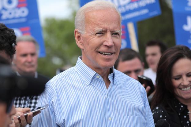 Joe Biden a à nouveau pris la parole durant la nuit. Donald Trump annonce une conférence de presse pour les heures à venir. (Photo: Shutterstock)