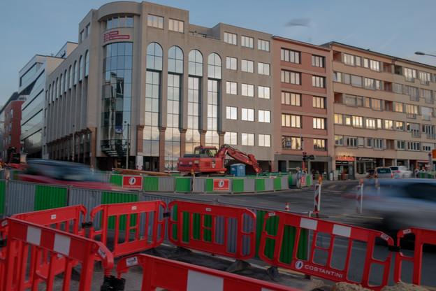 Contrairement à l'an dernier, les entreprises de la construction ne souhaitent pas supprimer ou décaler les congés collectifs pour rattraper d'éventuels retards. (Photo: Matic Zorman/Maison Moderne)
