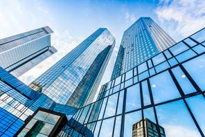 Le siège de la Deutsche Bank, dans le quartier central des affaires de Francfort-sur-le-Main, en Allemagne. (Photo: Shutterstock)