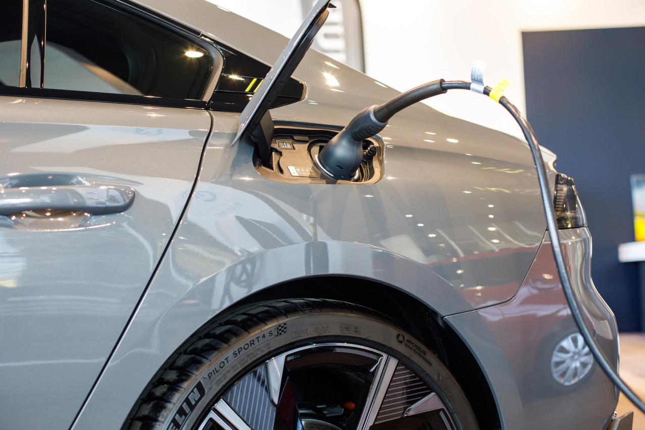 32,4% des nouvelles immatriculations du premier trimestre concernent des véhicules électrifiés. (Photo: Matic Zorman/Maison Moderne)