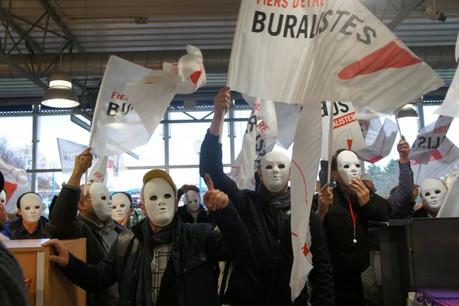 Dénonçant tour à tour les effets de l'augmentation du prix du tabac en France et la baisse des accises au Luxembourg, les buralistes lorrains se sentent perçus comme anonymes au sein de la population.  (Photo: DR)