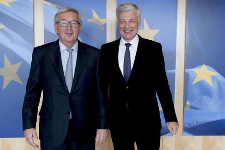 En accueillant Claude Wiseler (à droite) à Bruxelles ce mardi, Jean-Claude Juncker (à gauche) renouait un peu avec les affaires du Luxembourg. (Photo: Commission Européenne)