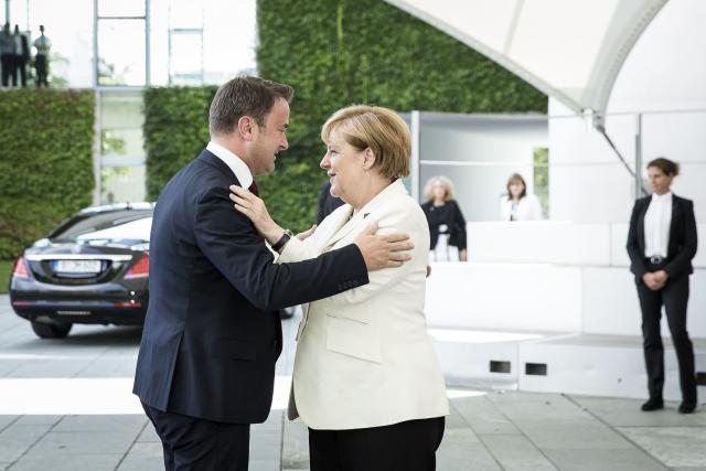 (Photo: Bundespresseamt / Jesco Denzel)