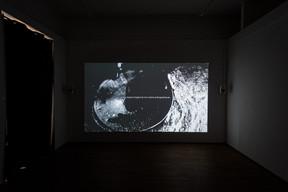 Vue de la vidéo «L'image extractive», 2021, de Daphné Le Sergent présentée au Casino Luxembourg.  ((Photo: Mike Zenari))