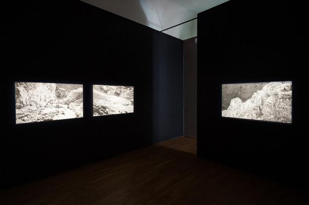 Vue de l'exposition «Silver Memories» de Daphné Le Sergent au Casino Luxembourg. (Photo: Mike Zenari)