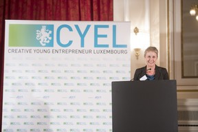 remise-du-prix-cyel-creative-young-entrepreneur-of-the-year-10.jpg