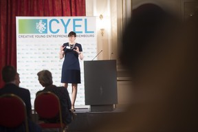 remise-du-prix-cyel-creative-young-entrepreneur-of-the-year-18.jpg