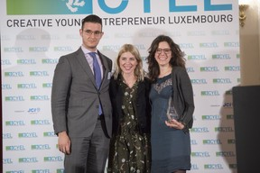 remise-du-prix-cyel-creative-young-entrepreneur-of-the-year-34.jpg