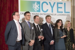 remise-du-prix-cyel-creative-young-entrepreneur-of-the-year-44.jpg