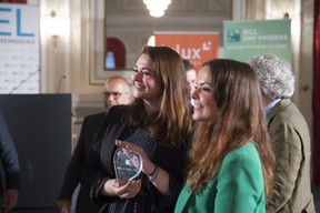 remise-du-prix-cyel-creative-young-entrepreneur-of-the-year-49.jpg