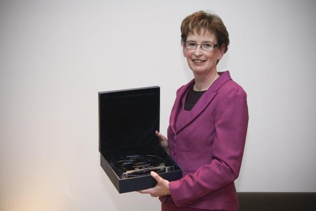 remise-du-dexia-woman-business-manager-of-the-year-award---jeudi-10-decembre-2009.jpg