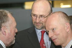 Lucien_Thiel__D_put____Jean-Jacques_Rommes__ABBL__et_Fernand_Grulms__Luxembourg_for_Finance__.jpg