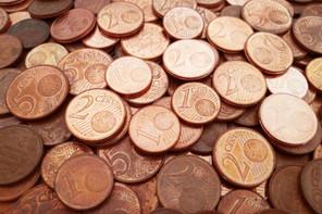 Plus de deux tiers des pièces de un ou de deux cents se perdent chaque année. (Photo: Shutterstock)
