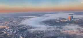 L'une des vues de la capitale prise depuis le cockpit du pilote. ((Photo: MyCockpitView))