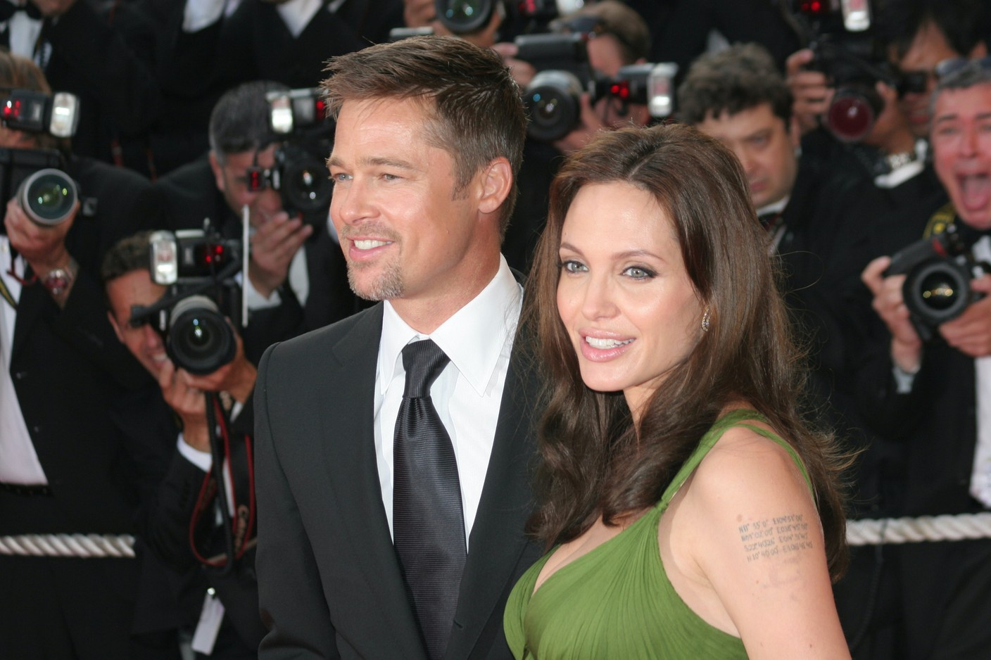 2008, happier times: Brad Pitt and Angelina Jolie, here in Cannes, discover the Château Miraval, which they would proceed to rent for three years before buying it for €35 to €55 million. The estate is at the heart of their divorce today. Photo: Shutterstock