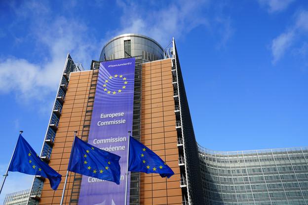 La Commission pourrait se rendre sur les marchés dès la deuxième quinzaine de juillet, et les premiers fonds être déboursés en juillet. (Photo: Shutterstock)