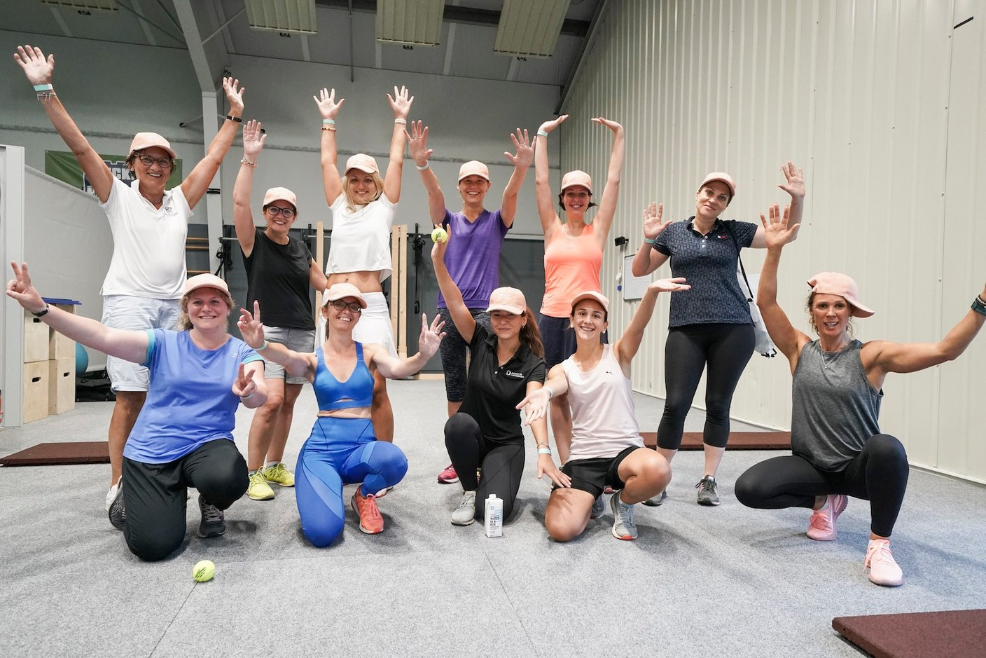 Participants in the cardio warm-up session that started the first edition of the WIB Tennis Challenge, 9 September 2021. Photo credit: WIB/A. Dehez