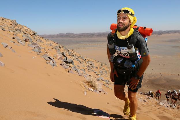 Goy Grosbusch s'entraîne sur de longues distances pour se préparer à des courses aussi exigeantes que le Marathon des sables. (Photo: Goy Grosbusch/@A360DEGRES)
