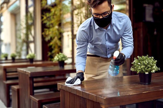Les restaurants, salles de sport, cafés et bars seraient les lieux publics les plus propices à la propagation du coronavirus selon une étude publiée dans Nature. (Photo: Shutterstock)