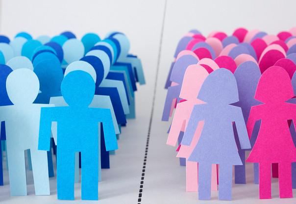 Libby Potter explore le thème de l'égalité hommes-femmes et son impact sur les performances des entreprises. © iStock